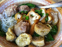 Kuliner Di Jogja : Bakso Bawor Samirono