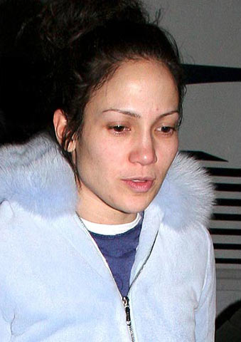With No Makeup. celebrity with no makeup.