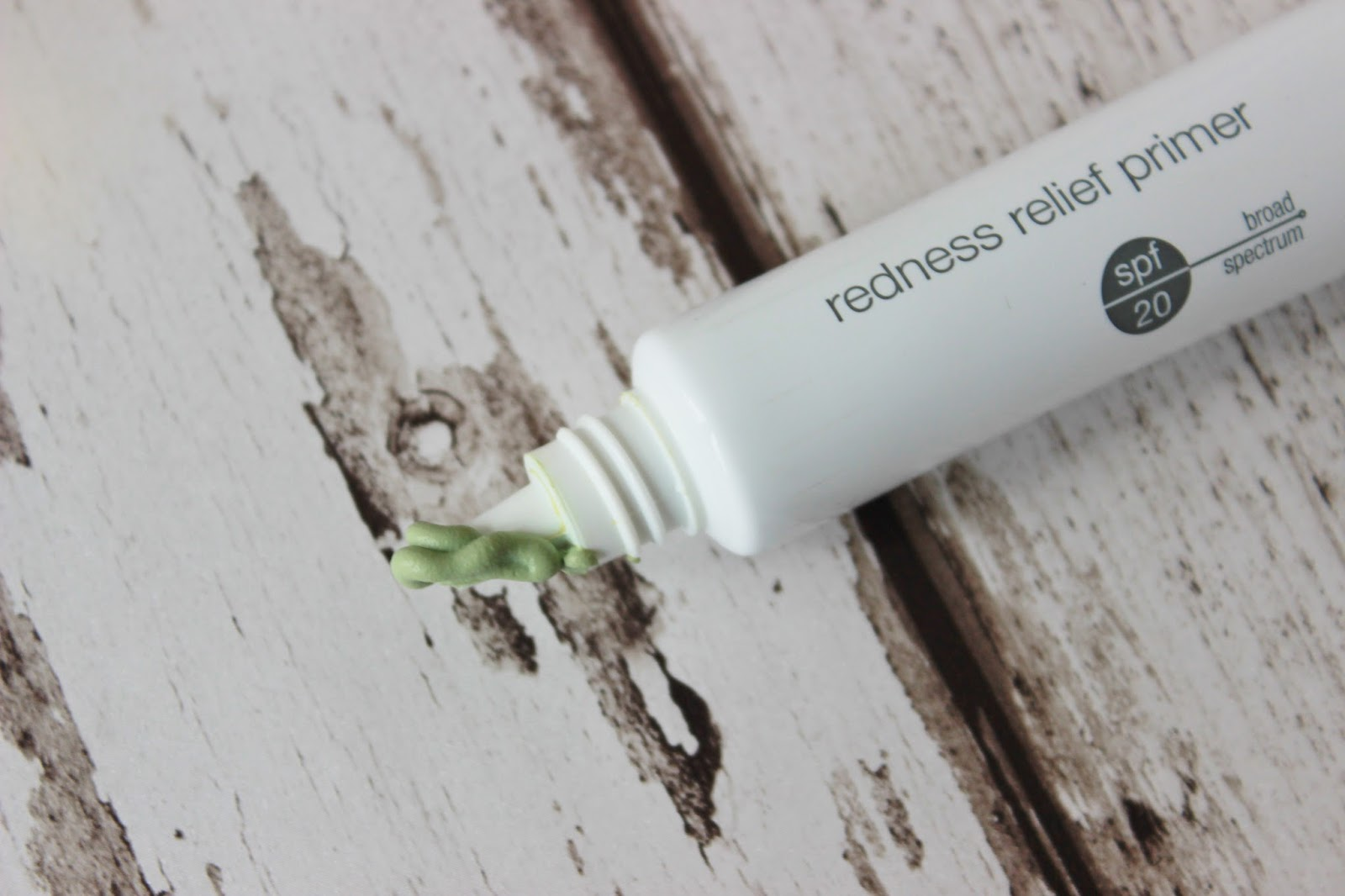 Dermalogica redness relief primer close up