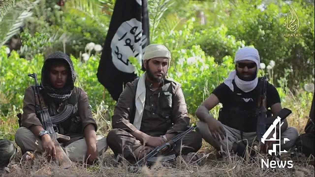 "Combatentes britânicos da ""guerra santa islâmica""."