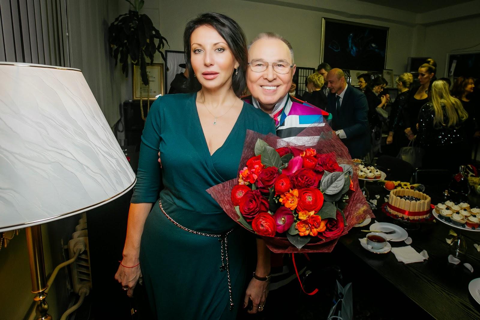 Алика Смехова, Зайцев