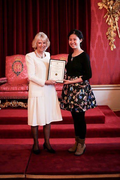 royal commonwealth essay 2014 Two singaporeans receive the queen's commonwealth essay competition awards in buckingham palace  who was senior runner-up in 2014  director of the royal commonwealth society, which.