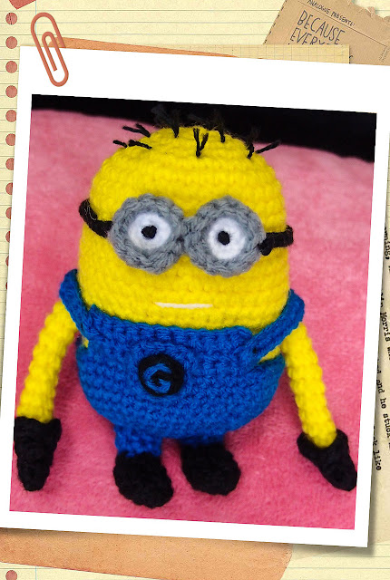 crocheted 2 eyed despicable me minion amigurumi