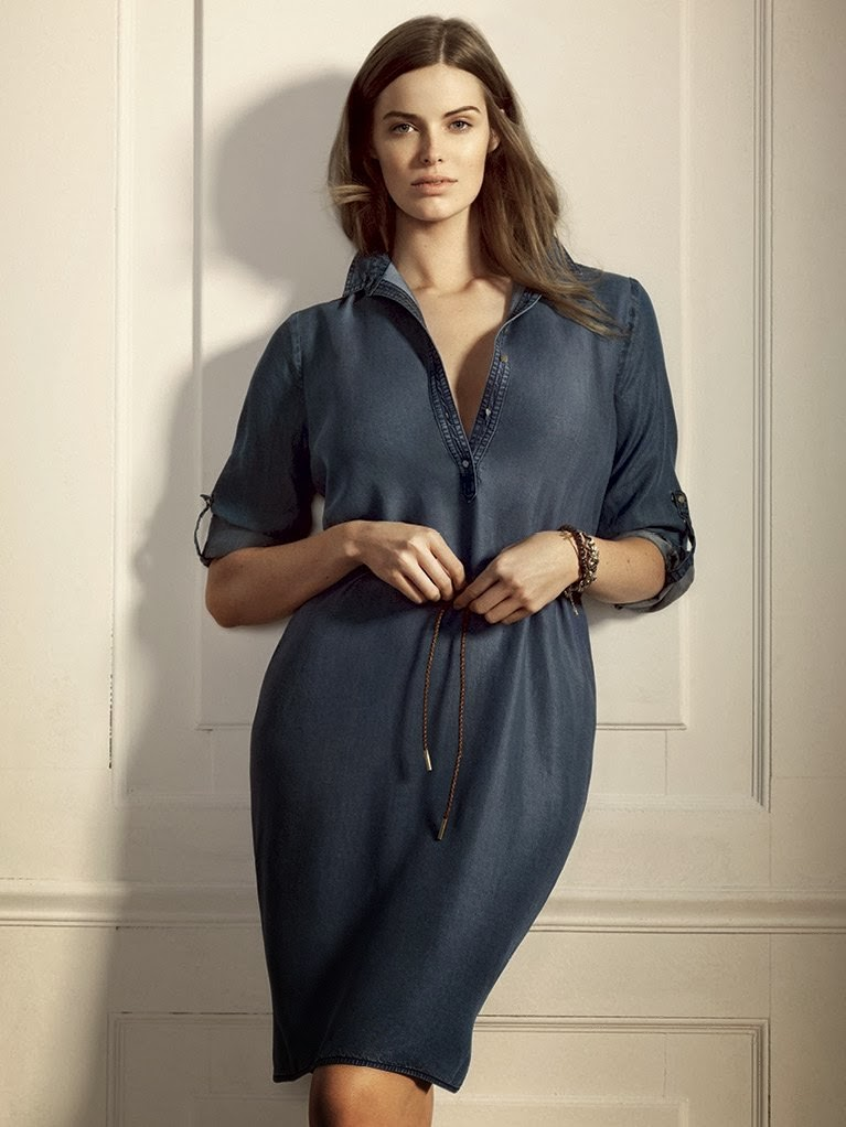 Robyn lawley fronts the new mango plus line 39 violeta for Mango oficinas