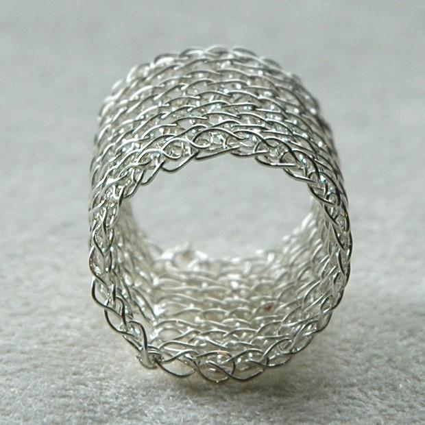 Crochet Jewelry Tutorial : ... Malaysia Handmade Jewelry: YooLaRing, Crocheted Wire Jewelry Tutorial