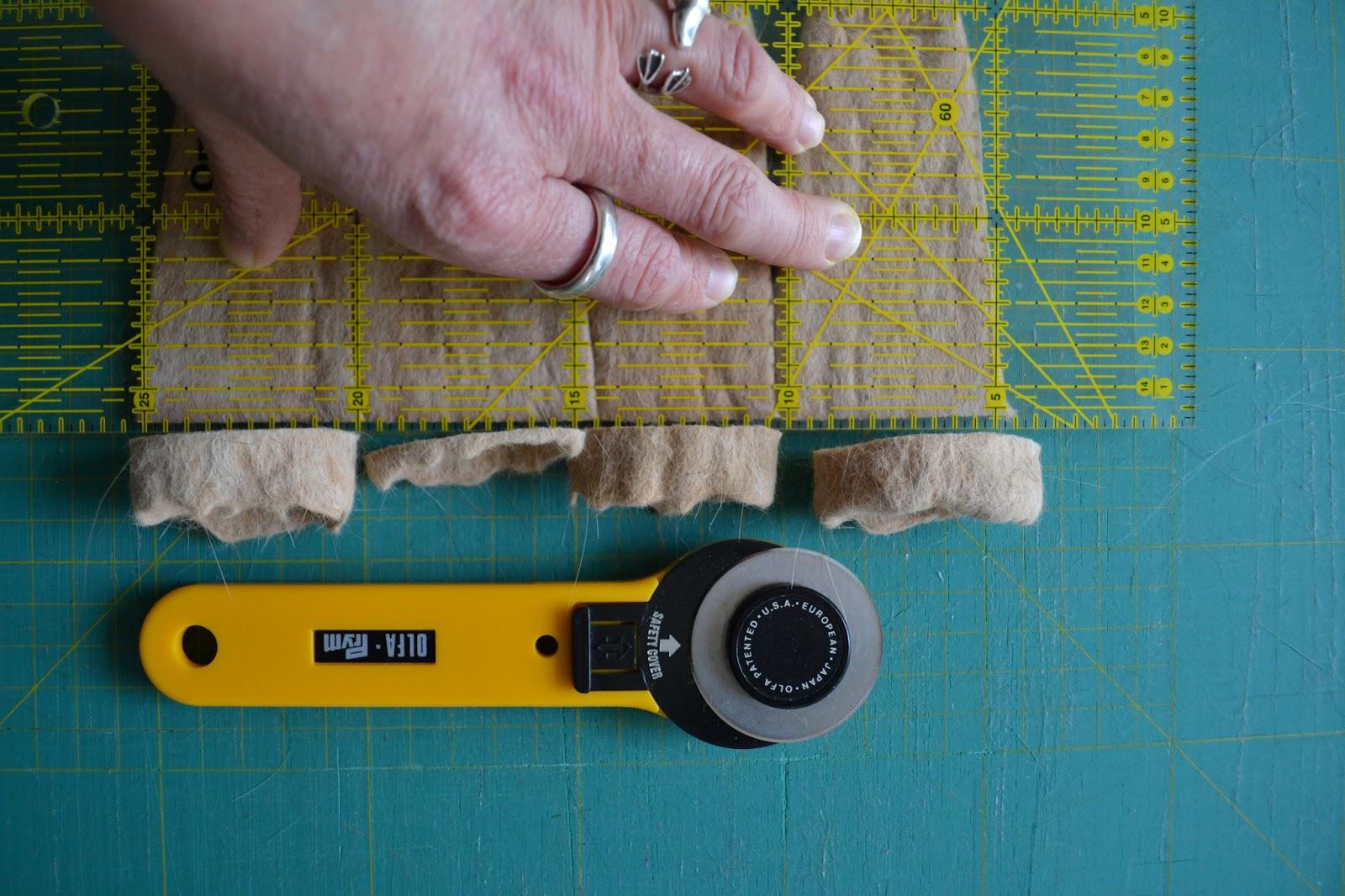 filzen mit tierhaaren 6 katzenhaar filzgleiter f r st hle. Black Bedroom Furniture Sets. Home Design Ideas