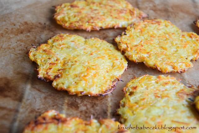 Placki ziemniaczane z marchewką pieczone w piekarniku