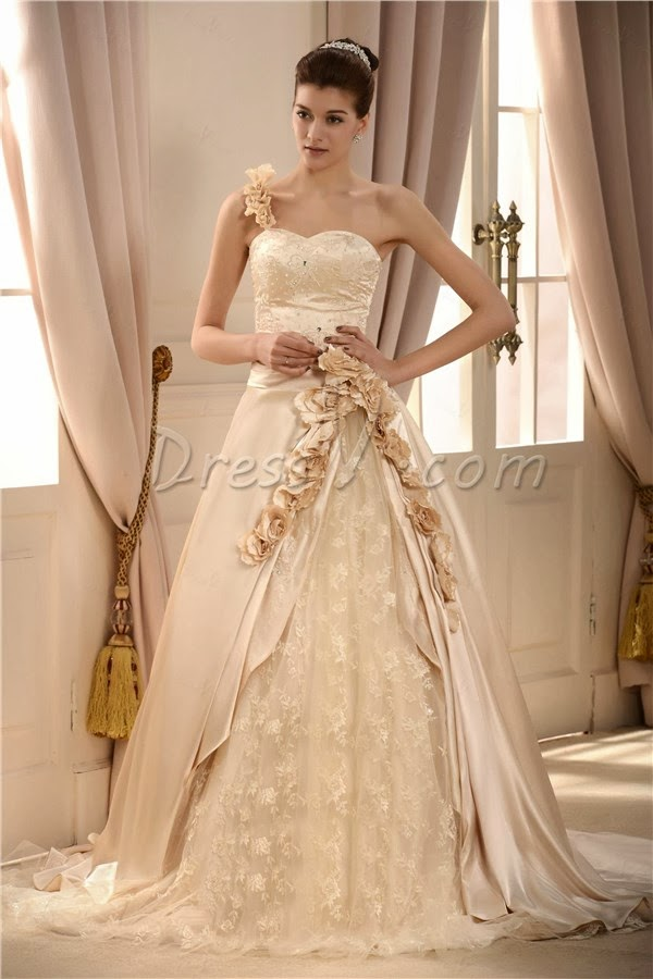 Wedding Dress Color According Your Skin