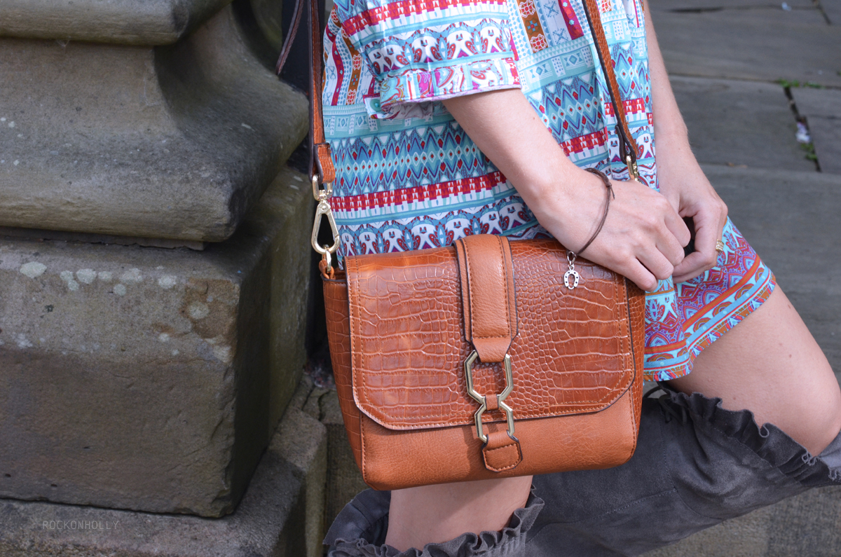 Tan Topshop Bag on Rock On Holly