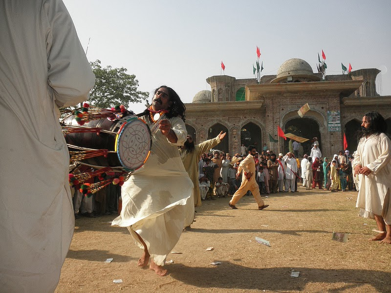Darbaar e Baba Qalandar Hussain Qalandar Shanshah Jalali Ji