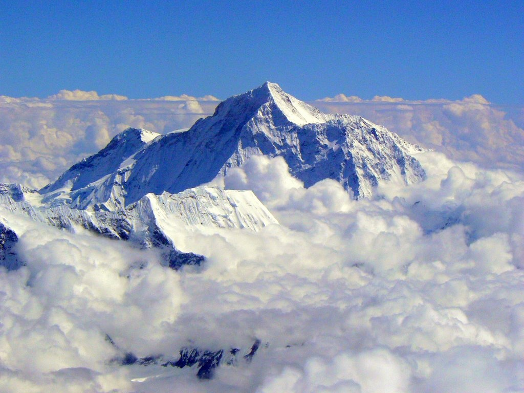 http://1.bp.blogspot.com/-f-ScWCSK7-o/UFtGTDVAJLI/AAAAAAAADxA/WgX7V3uU9nk/s1600/1.+Mount-Everest-Wallpapers.jpg