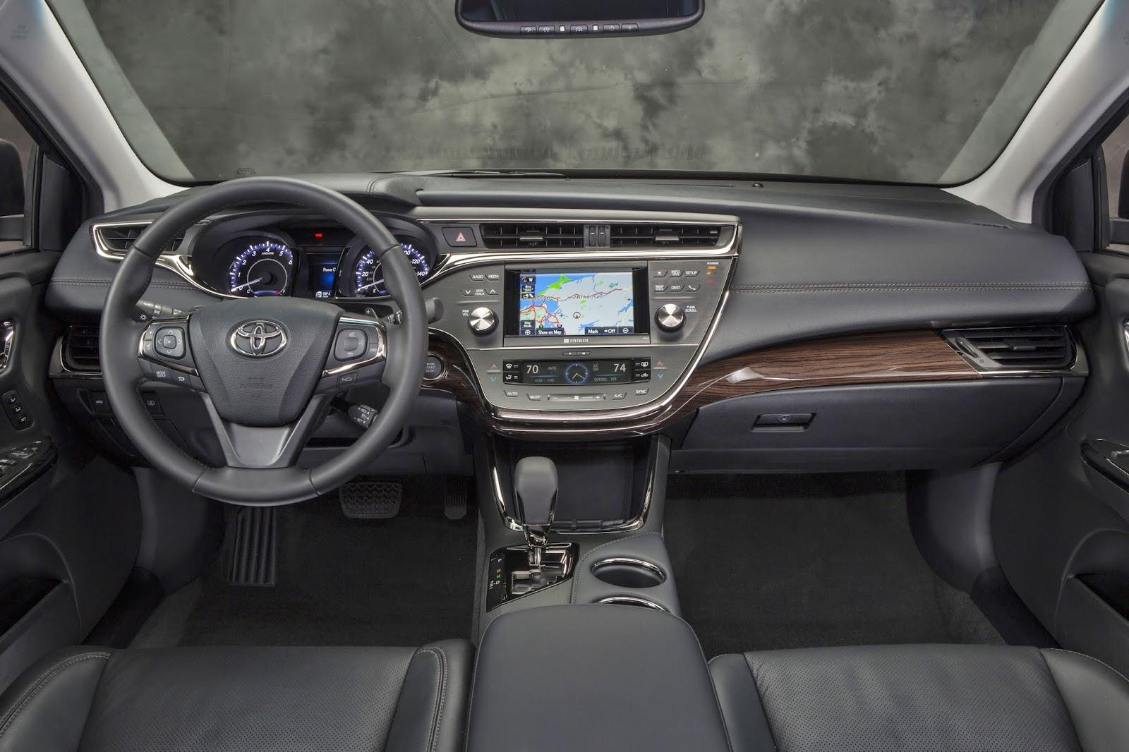 Interior shot of 2014 Toyota Avalon Hybrid interior.