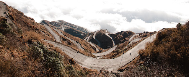 Zig Zag road near zuluk, Sillery Gaon - Silk Route Tour