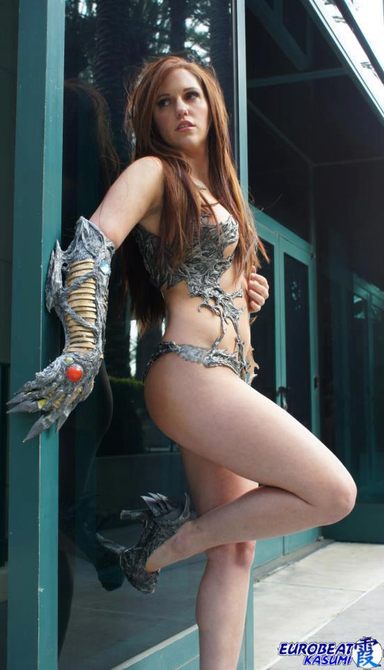 Jacqueline Goehner Cosplaying as Sara Pezini AKA Witchblade