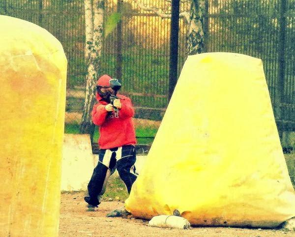 Игра в пейнтбол в Симферополе.