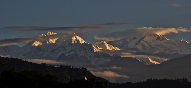 View of Kanchenjunga from Tadong - Rinchenpong - Kaluk, West Sikkim tour
