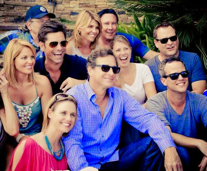 5 Revived TV Shows You Need to Watch in 2016! Fuller House Netflix Bob Saget John Stamos