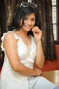 Shweta glam photos stills-thumbnail-17