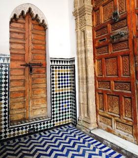 courtyard, Rabat, blue tiles
