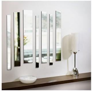 composizione decorativa con specchi piccoli immagine