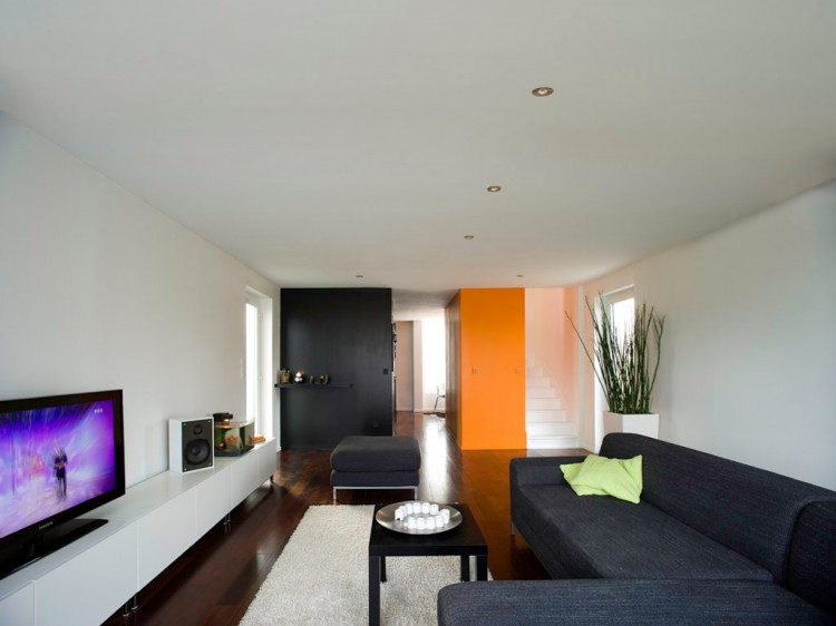 Shipping container homes july 2012 for Cg home designs