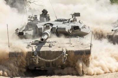 Israel Sebar Sniper dan Tank di Perbatasan Gaza