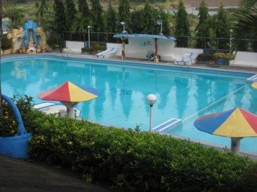 reyah 39 s page bulacan resort