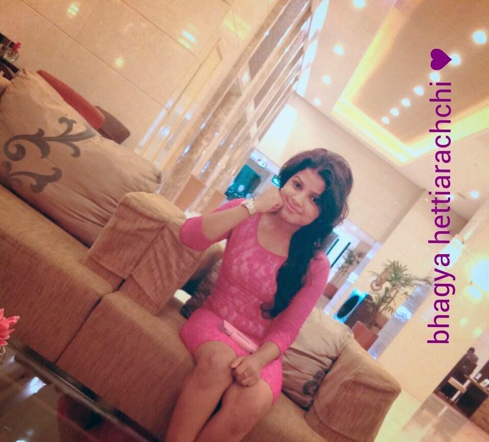 Bhagya Hettiarachchi pink legs