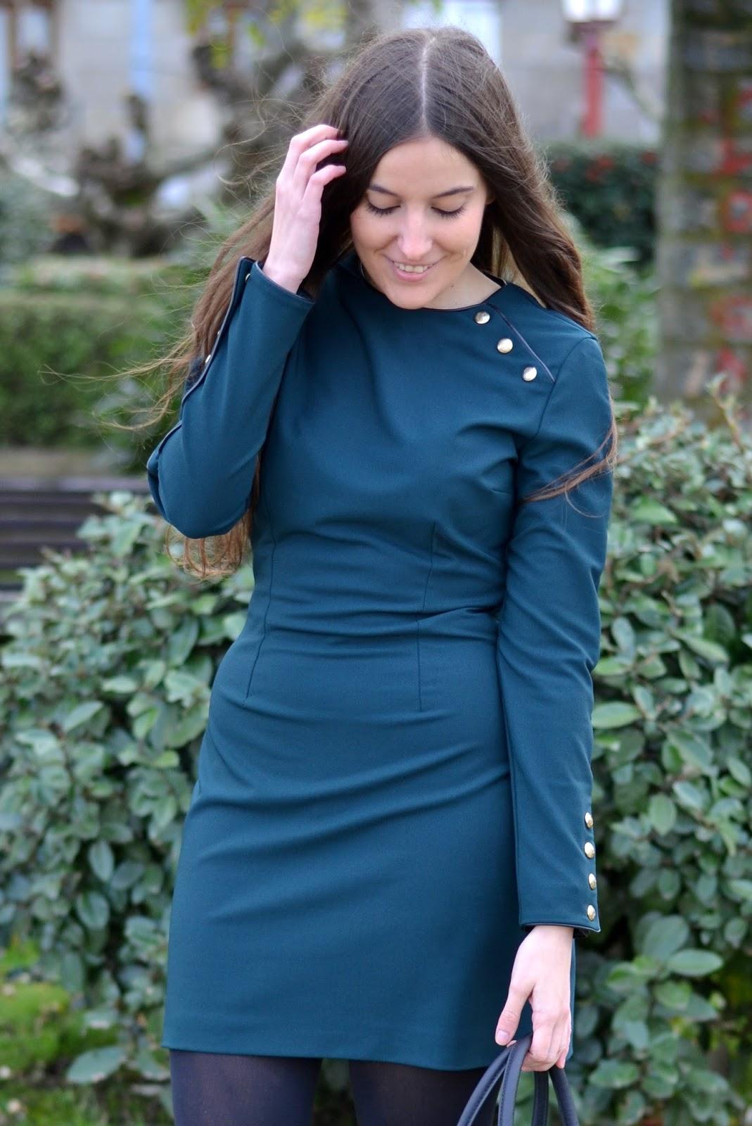 vestido militar verde zara