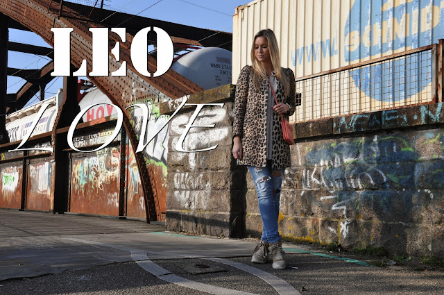 Leopard, Leo, Outfit, Fashion, Mode, Jeans, Sneaker, Céline, thePasteblog, the Paste Blog, Patrizia