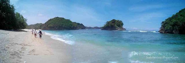 pantai clungup di malang selatan