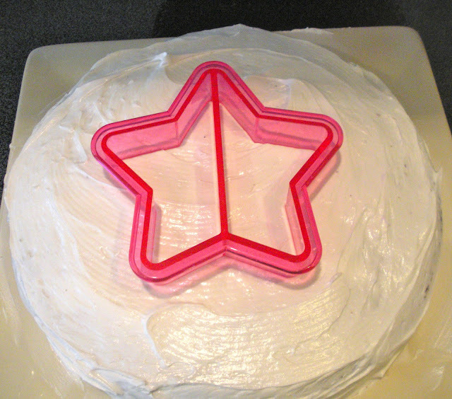 Cookie Cutter Sprinkle Stencil On Cake