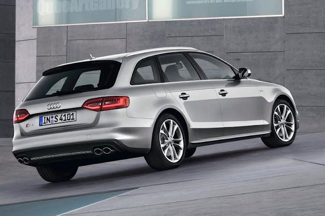2013 Audi S4 Avant Exterior Back