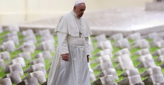 Papa Francesco al sacrario di Redipuglia