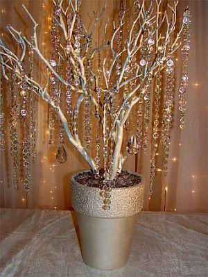 Decoraci n de bodas salones decorados de - Arboles secos decorados ...