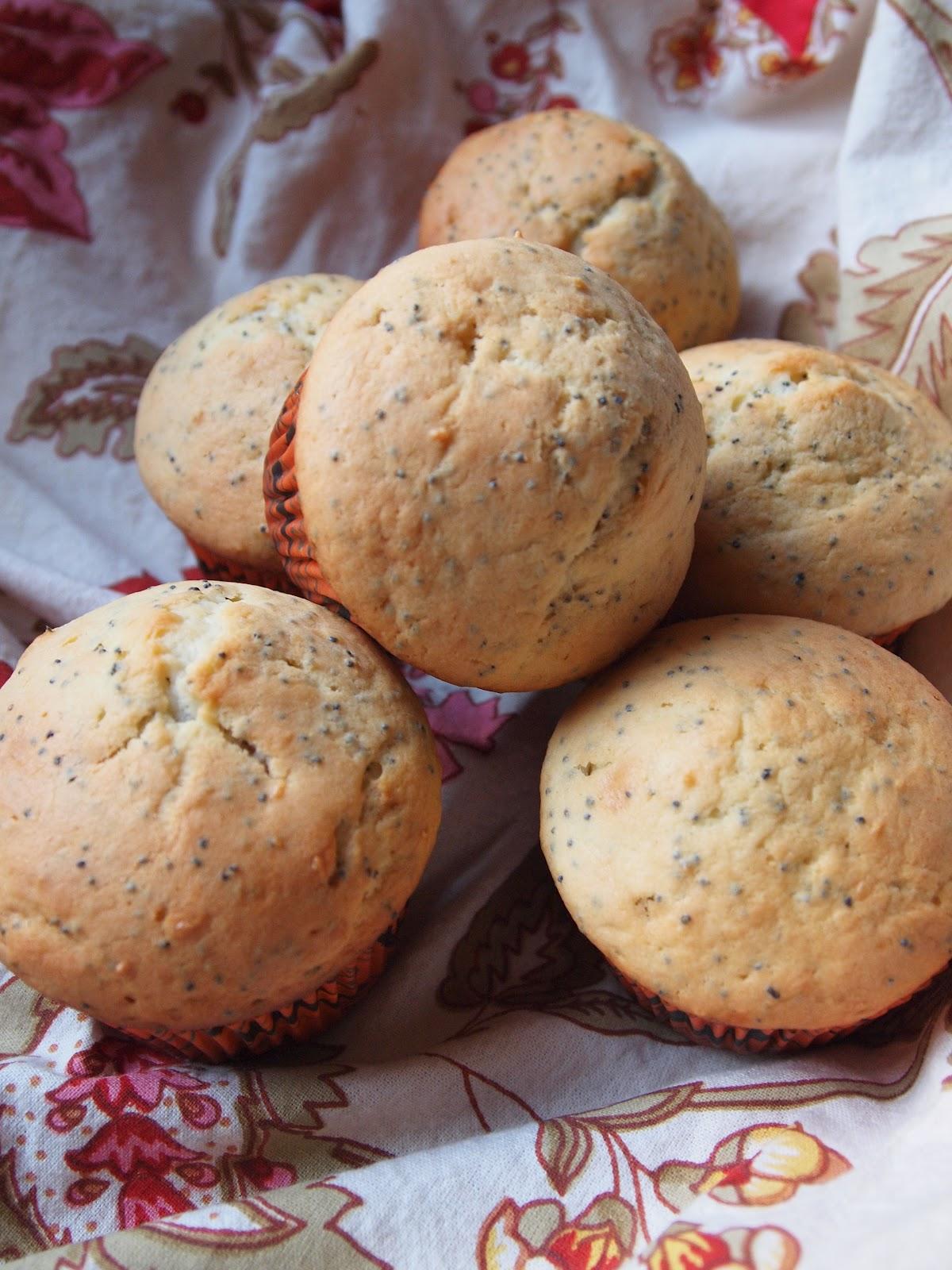 Sweet Life: Lemon Poppy Seed Muffins