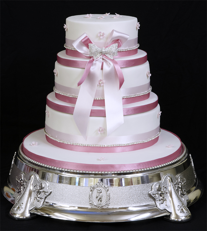 Beautiful Round Wedding Cake Designs for inspiration ...