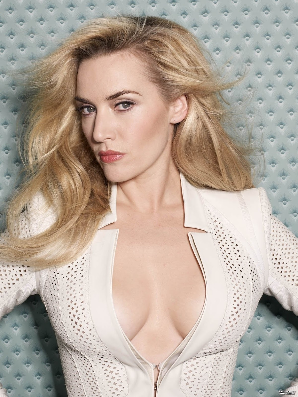 Kate Winslet Biography | Kate Winslet Wallpapers Kate Winslet