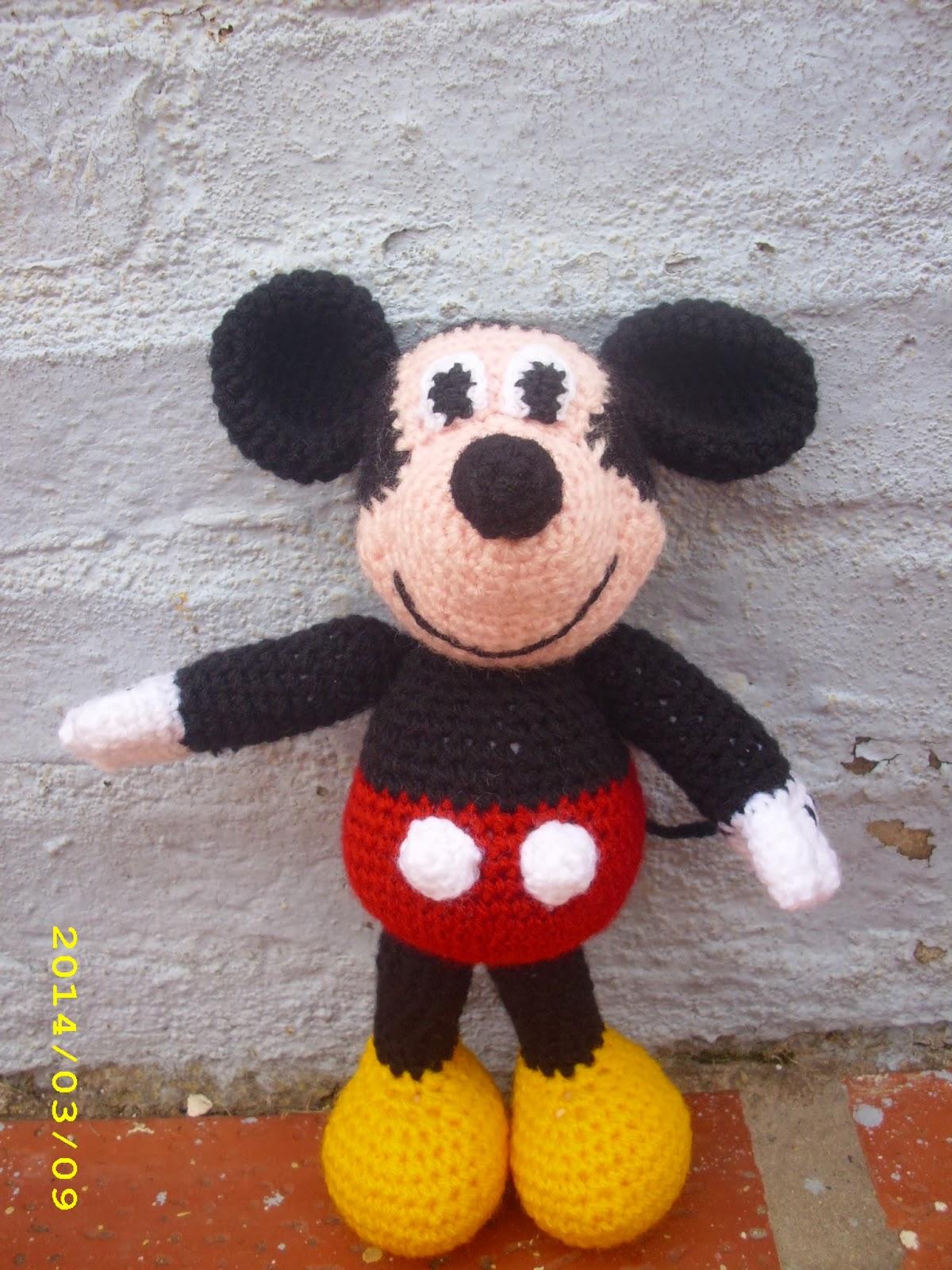 Patron Mickey Mouse Amigurumi Gratis : Patron gratis amigurumi Mickey Mouse - Imagui