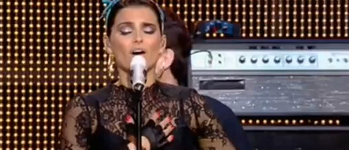 "Nelly Furtado performs ""The spirit indestructible"" 