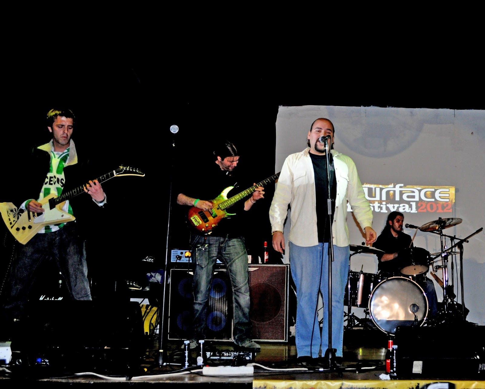 Back stage guia musical de sevilla 24 25 y 26 de mayo 2013 for Sala obbio sevilla