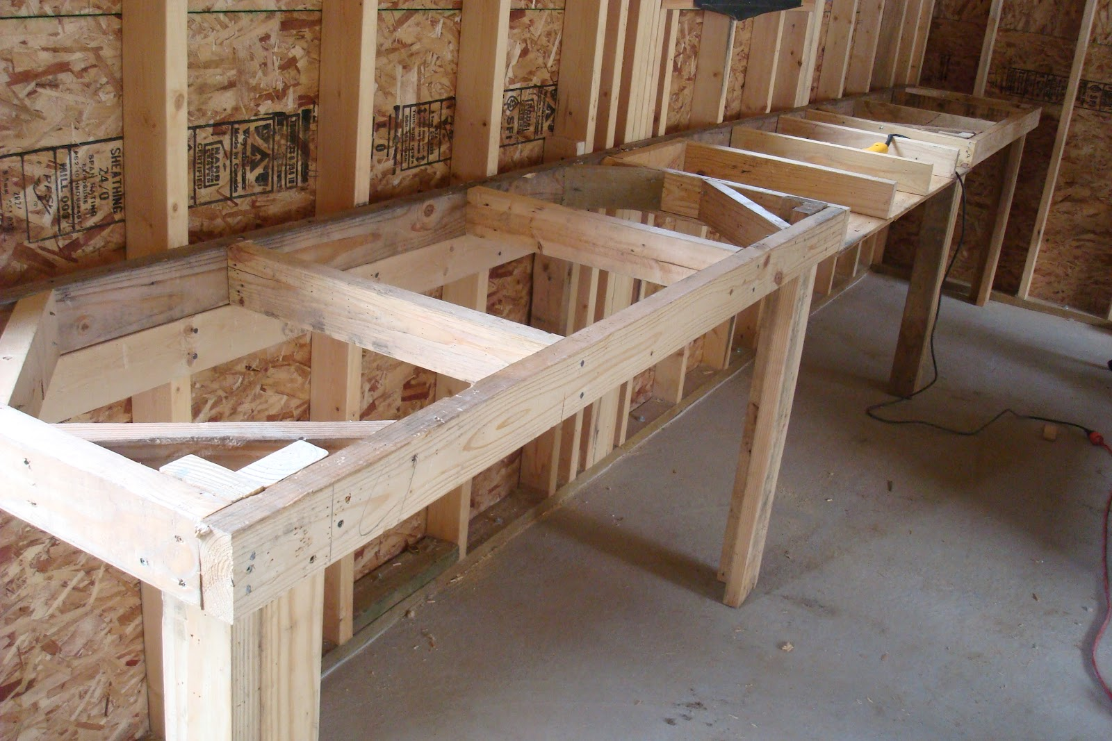Homemade work bench plans pdf woodworking for Piani di garage free standing