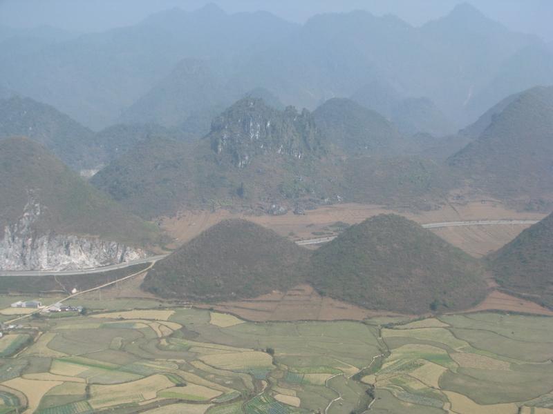 Núi Đôi, Đồng Văn, Hà Giang