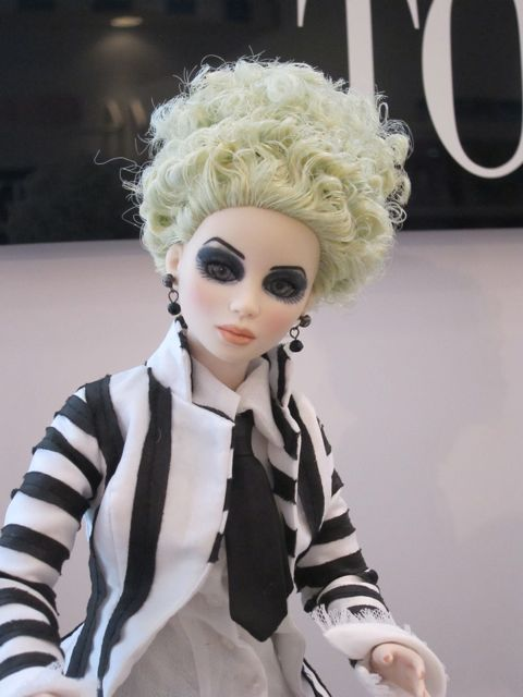 Tonner-Beetlejuice-Doll
