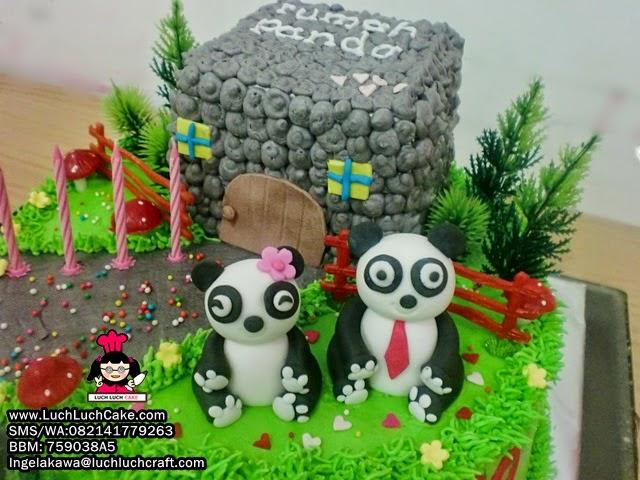 kue tart tema keluarga panda daerah surabaya - sidoarjo