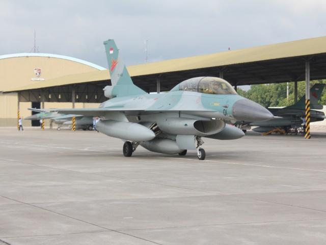 Pesawat F-16 Laksanakan Perasi Cakra di Biak Papua