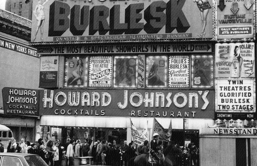 jeremiahs vanishing new york follies burlesk