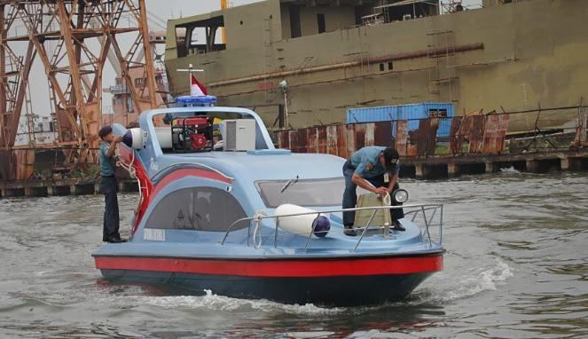 Kapal Patroli Ronin Milik TNI AL