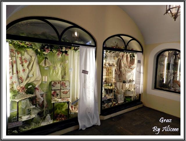 graz-austria-vitrina