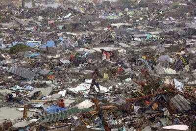 http://sciencythoughts.blogspot.co.uk/2013/11/death-toll-from-typhoon-haiyan-nears.html